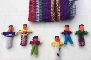 Offrir aux enfants des Quitapenas, poupées anti tracas